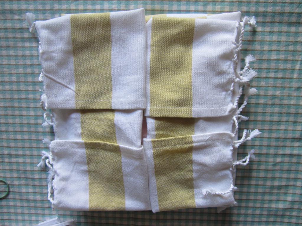 Gifts For A Wedding Planner: Wedding Planning- Making Napkins And Wrapping Hostess
