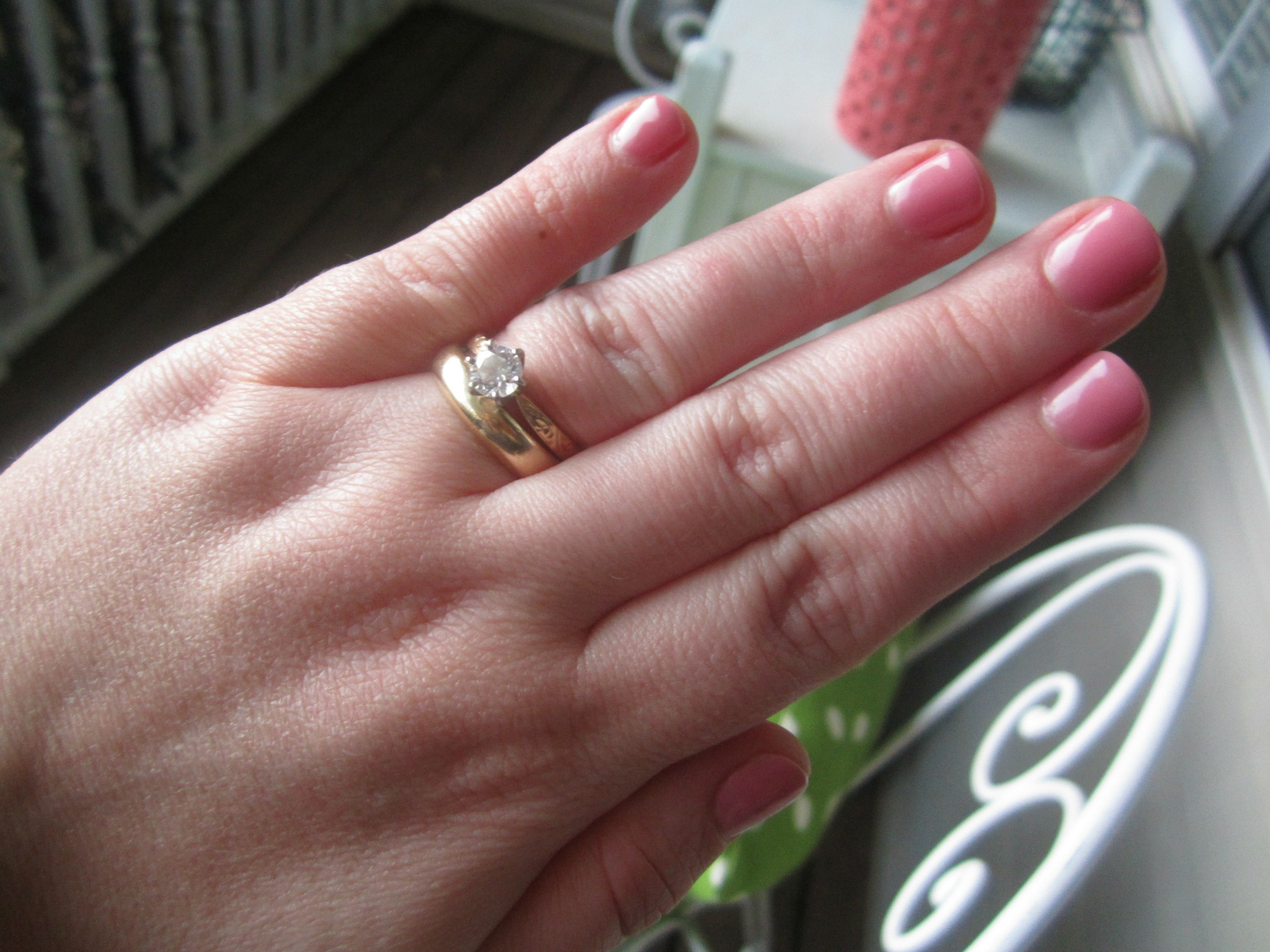 Monday Randomness: Dinner Out, A Gel Manicure and Great Friends  