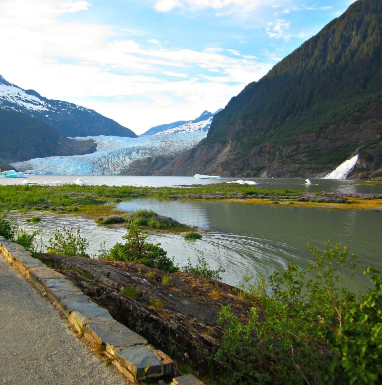 Juneau 32