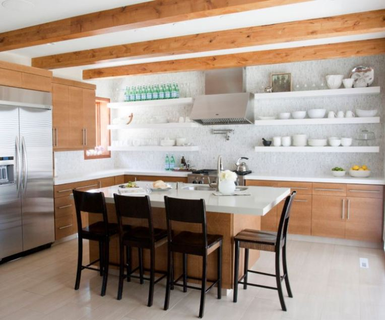 dishes-drinks-and-artwork-on-open-shelving-in-a-modern-kitchen